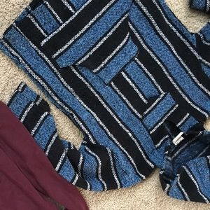 Sweaters - Drug rug mexican poncho
